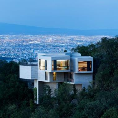 """Tatiana Bilbao's Ventura House """"grows organically"""" out from a forested Mexico hillside"""